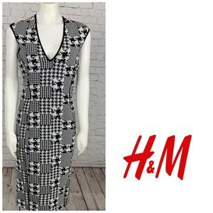 H&M Houndstooth Midi Dress